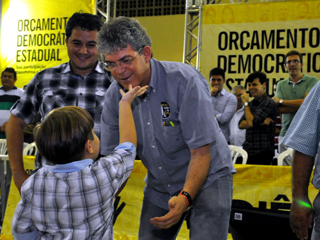 ricardo orcamento democratico patos 201 - Ricardo autoriza recuperação de barragens, mais escolas e rodovia
