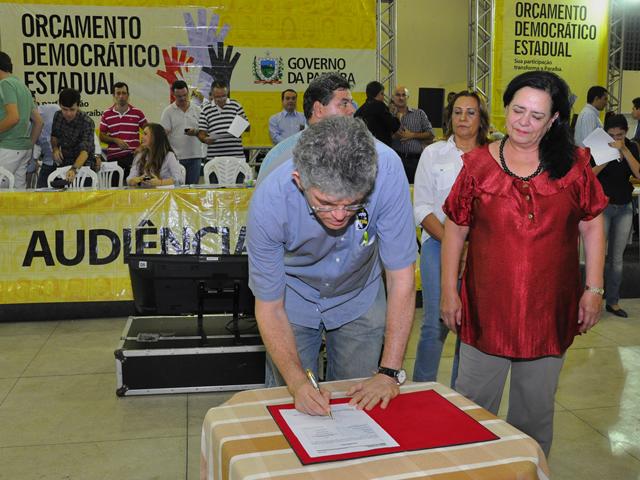 ricardo orcamento democratico patos 21 - Ricardo autoriza recuperação de barragens, mais escolas e rodovia