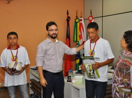 sejel secretario de esportes premia jogadores da copa sub 15 foto walter rafael 1 270x202 - Destaques da Copa Paraíba Sub 15 recebem premiação