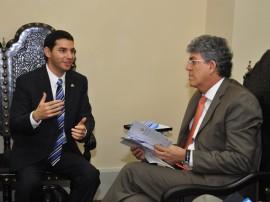 13.06.13 ricardo romulo reuniao kleide teixeira 51 270x202 - Ricardo discute cooperação técnica com diplomata de Israel