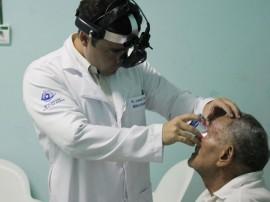 Circurgia Catarata Itapororoca FOTO RICARDO PUPPE 07 Cópia1 270x202 - Hospital faz triagem para cirurgia em pacientes com catarata