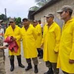 defesa civil bombeiros especionam areas de risco timbo foto kleide teixeira 242