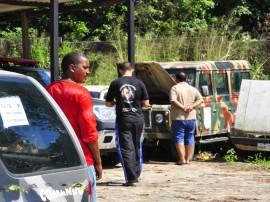 governo realiza leilao de veiculos deposito da pm foto walter rafael 12 270x202 - Governo do Estado promove leilão de veículos com arremate de 92 lotes