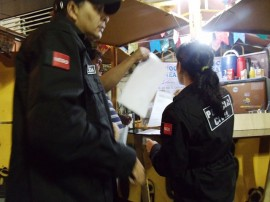 pc cartaz1 270x202 - Polícia alerta comerciantes de Campina Grande sobre venda bebidas alcoólicas a menores de idade