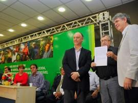 ricardo entrega de maquinas fotos jose marques 3 270x202 - Ricardo e ministro entregam 157 máquinas a 84 mil agricultores
