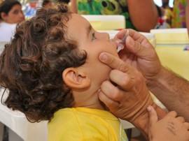 vacinacao crianca 1 270x202 - Governo alerta pais sobre os últimos dias de vacinação contra poliomielite