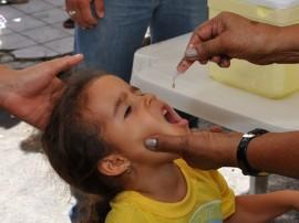 vacinacao crianca foto walter rafael 1 270x202 - Campanha de Vacinação contra a Pólio será aberta neste sábado