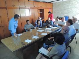 01.07.13 cdrm serene apresentacao projetos beneficiamento 5 270x202 - Governo avalia projetos de desenvolvimento sustentável de cooperativas de mineradores