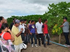10.07.13 agricultores sao preparados pelo governo comercial 11 270x202 - Agricultores são preparados pelo Governo para comercialização dos produtos
