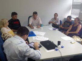 10.07.13 foto reunião agricultura 270x202 - Governo discute ações de desenvolvimento rural no Estado