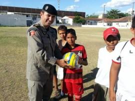 10.07.13 projetos sociais 41 270x202 - Polícia desenvolve projetos sociais nas comunidades de Campina Grande