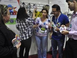 11.07.13 francal fotos vall 12 270x202 - Empresários paraibanos comemoram vendas na Francal 2013
