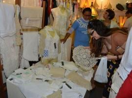 14.07.13 feneart fotos alberi pontes 791 270x202 - Vendas de artesãos paraibanos supera R$ 132 mil em feira nacional