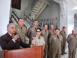 16.07.13 passagem de comando fotos werneck moreno 41 270x202 - Polícia realiza solenidade militar para formalizar passagem de comandos