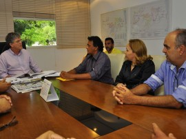 16.07.13 ricardo prefeito serraria fotos roberto guedes 6 270x202 - Ricardo discute parceria administrativa com prefeito de Serraria
