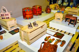 18 salao de artesanato foto claudio goes 111 270x178 - Artesãos paraibanos participam de Feira Nacional de Artesanato