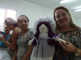 23.07.13 presdio feminino bonecas cg 2 270x202 - Projeto Castelo de Bonecas capacita reeducandas de Campina Grande