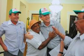 25.07.13 ricardo reuniao fetag 5 270x180 - Ricardo recebe trabalhadores rurais e garante manter investimentos