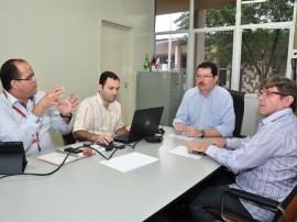 30.07.13 reuniao BNB1 270x202 - Emater reúne técnicos do BNB para discutir crédito e parceria