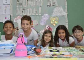 DIEGO NÓBREGA Desfile de Roupas Recicladas Colégio Eptácio Pessoa 270x192 - Alunos de Escola Estadual apresentam projeto com material reciclável