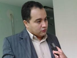 Entrevista com Jailson Vilberto Diretor geral da Agevisa PB 04 270x202 - Agevisa fará treinamento em bares e restaurantes para implantar padrão Fifa