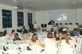 Evento Sousa Seminário 23.07.13 fotos Rafaela Ismael 270x179 - Campanha de Proteção à Criança e ao Adolescente participa de Seminário em Sousa