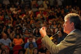 MESTRES DA EDUCAÇÃO 10 270x179 - Ricardo lança prêmios e ressalta investimentos na educação