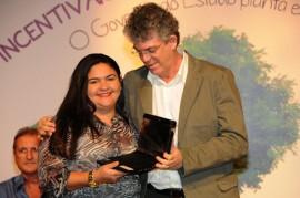 MESTRES DA EDUCAÇÃO 2 270x179 - Ricardo lança prêmios e ressalta investimentos na educação