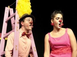 a julieta e o romeu 01 270x202 - Espetáculos de teatro e circo garantem diversão no Festival de Artes de Areia