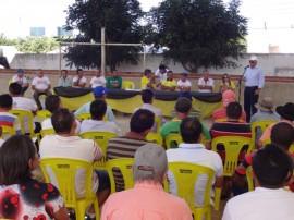 emater jornada de inclusao produtiva agricultura familiar vieiropolis 3 270x202 - Governo promove Jornada de Inclusão Produtiva e atende agricultores