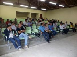 emater projeto para criacao de peixe pirarucu 2 270x202 - Governo firma parceria para implantar projeto de criação de peixe Pirarucu