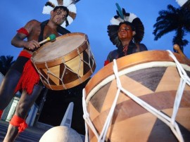 feeahia 01 270x202 - Espetáculos de teatro e circo garantem diversão no Festival de Artes de Areia