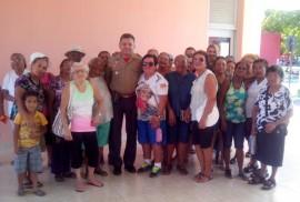 idosas1 270x182 - Idosas visitam dependências do Corpo de Bombeiros e assistem palestras
