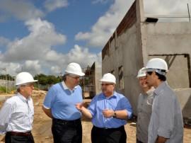 romulo e prefeito de campina visitam obras da aacd 41 270x202 - Governo celebra convênio de R$ 4,5 milhões com AACD