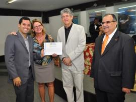 13.08.13 ricardo entrega certificado empresarios fotos kleide teixeira 9 270x202 - Ricardo entrega certificados a hoteleiros do Polo Turístico Cabo Branco