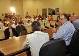 26.08.13 romulo assinatura parceria entre trauma cg eoh 4 270x192 - Hospital Trauma de Campina Grande lança programa de Telemedicina