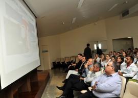 26.08.13 romulo assinatura parceria entre trauma cg eoh 8 270x192 - Hospital Trauma de Campina Grande lança programa de Telemedicina