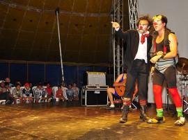 31.07.13 vamos a la praia fotos roberto guedes secom pb 1 270x202 - Circo, música eletrônica e poesia animam Festival de Artes de Areia