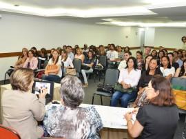 DIEGO NÓBREGA Reunião do Mais Educação Xenius Hotel 1 270x202 - Governo realiza encontro para discutir Mais Educação e Saúde na Escola