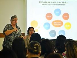 DIEGO NÓBREGA Reunião do Mais Educação Xenius Hotel 6 270x202 - Governo realiza encontro para discutir Mais Educação e Saúde na Escola