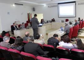 TCE Reunião FOTO Ricardo Puppe12 270x192 - Tribunal de Contas aprova contas da Saúde do Estado por unanimidade