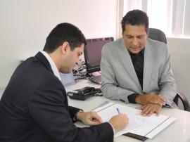 detran e suplan assinatura de ordem de servico 1 270x202 - Autorizadas obras do posto avançado do Detran no Valentina e Ciretrans de Guarabira e Piancó
