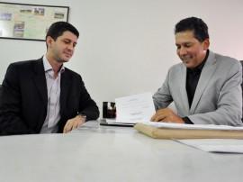 detran e suplan assinatura de ordem de servico 2 270x202 - Autorizadas obras do posto avançado do Detran no Valentina e Ciretrans de Guarabira e Piancó