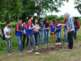 emater faz plantio de arvore com alunos em alagoa grande 1 270x202 - Emater mobiliza estudantes e faz plantio de árvores em Alagoa Grande