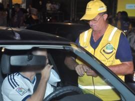 pm e detran realizam operacao lei seca foto roberto guedes 651 270x202 - 'Lei Seca' flagra 59 e prende 7 na Região Metropolitana de João Pessoa