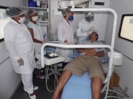 12.09.13 seape secretaria realizam mutirao odontologico 11 270x202 - Governo do Estado leva mutirão odontológico à Cadeia de Mamanguape