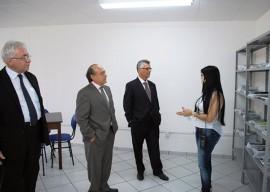 16.09.13 visita hoje serroto 3 270x192 - Representante do Senado conhece Serrotão e diz que presídio é exemplo para o Brasil