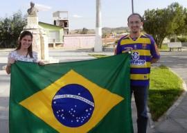 23.09.13 aluna picui viaja abraslia onde representa 2 270x192 - Aluna de Picuí representa a Paraíba no Programa Parlamento Jovem Brasileiro em Brasília