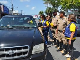 27.09.13 comando educativo mangabeira snt 3 270x202 - Estudantes participam de atividades na Semana Nacional de Trânsito