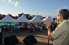 28.09.13 ricardo assina jose maerico fotos alberi pontes 9 270x178 - Ricardo autoriza obras e participa de feira de cidadania na Capital